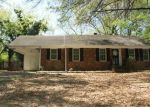 Foreclosed Home in Memphis 38116 SPIEGEL DR - Property ID: 3210682868