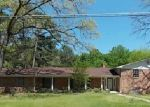 Foreclosed Home in Kilgore 75662 ROCKBROOK DR - Property ID: 3210949583