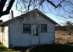 Foreclosed Home in Lakeport 95453 MARTIN ST - Property ID: 3212433435
