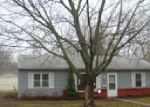 Foreclosed Home in Topeka 66614 SW EVENINGSIDE DR - Property ID: 3213155211