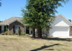 Foreclosed Home in Oxford 38655 BLAIR CV - Property ID: 3213225285