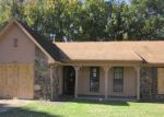 Foreclosed Home in Memphis 38141 COUNTRY BROOK DR - Property ID: 3213547650