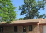 Foreclosed Home in Crockett 75835 WOOD ST - Property ID: 3218427549