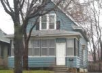 Foreclosed Home in Saint Paul 55106 EARL ST - Property ID: 3228124736