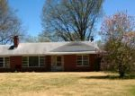 Foreclosed Home in Florissant 63033 OLD JAMESTOWN RD - Property ID: 3229424636