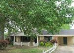 Foreclosed Home in Batesville 38606 PETTIT ST - Property ID: 3232572803