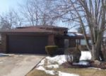 Foreclosed Home in Chicago Heights 60411 LAKEWOOD AVE - Property ID: 3233561745