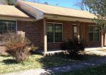 Foreclosed Home in Pulaski 24301 MEMORIAL DR - Property ID: 3233884977