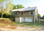Foreclosed Home in Denison 75020 THERESA DR - Property ID: 3255815639