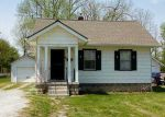 Foreclosed Home in Anderson 46012 INDIANA AVE - Property ID: 3261086656