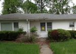 Foreclosed Home in Troy 62294 N DEWEY ST - Property ID: 3264748553