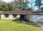 Foreclosed Home in Slidell 70458 W QUEENS DR - Property ID: 3264943452