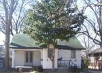 Foreclosed Home in Memphis 38107 N WILLETT ST - Property ID: 3269783950