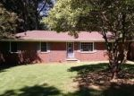 Foreclosed Home in Huntsville 35803 ROBINWOOD DR SW - Property ID: 3270517995