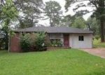 Foreclosed Home in York 36925 WOOD AVE - Property ID: 3270615659