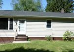 Foreclosed Home in Hamden 06514 WINTERGREEN AVE - Property ID: 3271249852