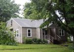 Foreclosed Home in Greenville 62246 WYATT ST - Property ID: 3272038185
