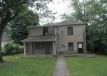 Foreclosed Home in Bedford 47421 OOLITIC RD - Property ID: 3272888743