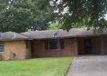 Foreclosed Home in Westlake 70669 WALKER DR - Property ID: 3273577675
