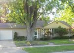 Foreclosed Home in Livonia 48154 BERWICK ST - Property ID: 3274025724