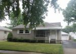 Foreclosed Home in Lincoln Park 48146 CAPITOL AVE - Property ID: 3274035802