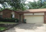 Foreclosed Home in Arlington 76006 LOST CREEK DR - Property ID: 3279950632