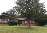 Foreclosed Home in Fort Worth 76112 SHEFFIELD PL - Property ID: 3279977349