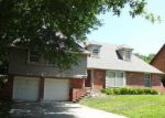 Foreclosed Home in Topeka 66614 SW 33RD ST - Property ID: 3285831303