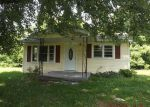 Foreclosed Home in Pulaski 38478 ROSE HILL RD - Property ID: 3288120153