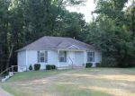 Foreclosed Home in Jackson 38305 OLD OAK CIR - Property ID: 3288208636