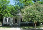 Foreclosed Home in Seguin 78155 N RIVER ST - Property ID: 3288283522