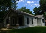 Foreclosed Home in Bonham 75418 E 9TH ST - Property ID: 3288404401