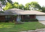 Foreclosed Home in Lockhart 78644 VOGEL DR - Property ID: 3288667181
