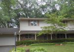 Foreclosed Home in Rockford 61107 KINGS HWY - Property ID: 3290566688
