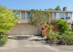 Foreclosed Home in Gresham 97080 SW 3RD DR - Property ID: 3293435858