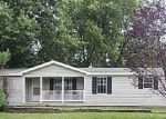 Foreclosed Home in Litchfield 62056 N WALNUT ST - Property ID: 3294592543