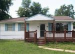 Foreclosed Home in Granite City 62040 TULIP AVE - Property ID: 3294599545