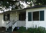 Foreclosed Home in New Orleans 70121 TUCKER AVE - Property ID: 3294699851