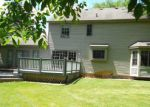 Foreclosed Home in Brighton 48114 LAUREL SPGS - Property ID: 3295413299