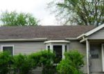 Foreclosed Home in Royal Oak 48073 E 13 MILE RD - Property ID: 3295637540