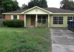 Foreclosed Home in Angleton 77515 CATALPA ST - Property ID: 3296133330