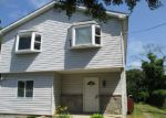 Foreclosed Home in Mastic 11950 PATCHOGUE AVE - Property ID: 3296346178