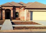Foreclosed Home in Brownsville 78526 POST OAK CIR - Property ID: 3301620261
