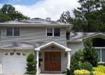 Foreclosed Home in Westbury 11590 GLOUCESTER CT - Property ID: 3303849563