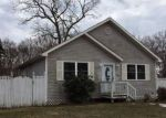 Foreclosed Home in Shirley 11967 STANLEY DR - Property ID: 3307136552