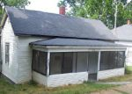 Foreclosed Home in Thayer 65791 POPLAR ST - Property ID: 3311618339