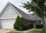 Foreclosed Home in Horn Lake 38637 KENTBROOK DR - Property ID: 3315141401