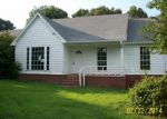 Foreclosed Home in Moscow 38057 HOWARD DR - Property ID: 3315707254