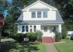 Foreclosed Home in Lakewood 44107 CHASE AVE - Property ID: 3316915186