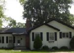 Foreclosed Home in Chicago Heights 60411 EMERALD AVE - Property ID: 3319088423